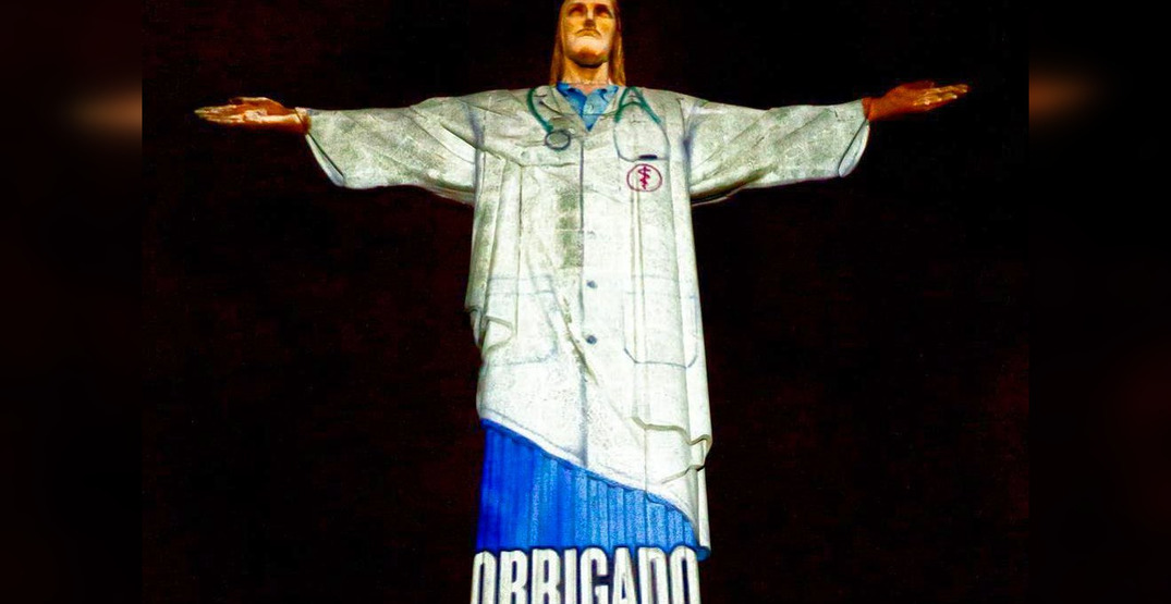 Rio de Janeiro's Christ the Redeemer statue lit up to honor healthcare workers (VIDEO)