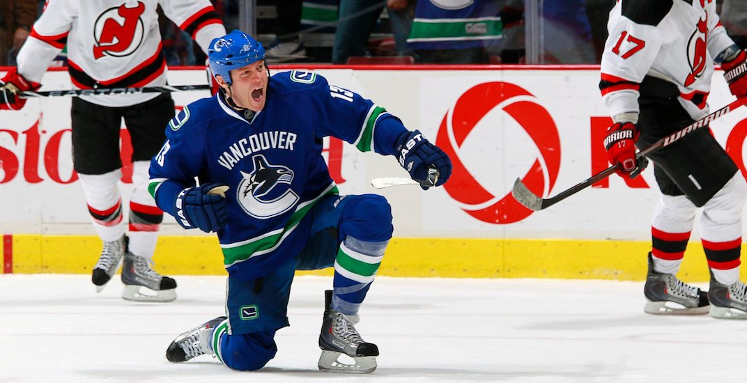 7 most random Canucks players to ever score a hat trick