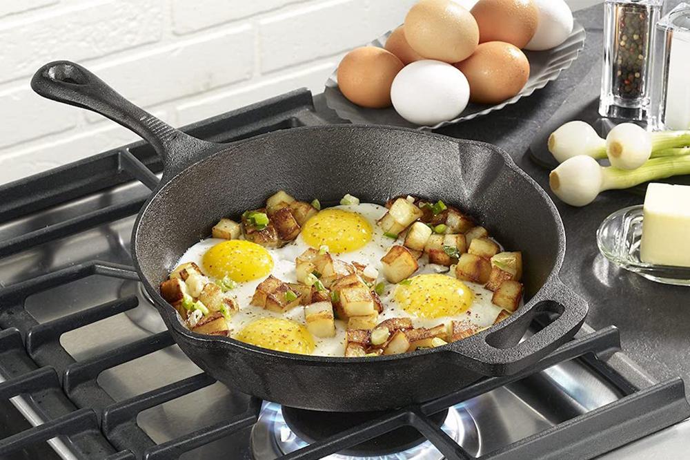 Kitchen Products - Cast Iron Skillet