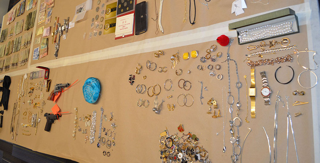 Get your stolen jewelry back through this police website