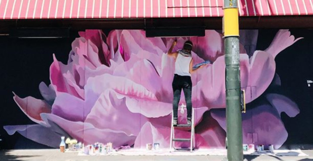 Artists in California are decorating empty streets with beautiful murals (PHOTOS)