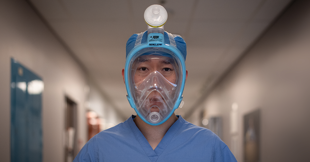 Sunnybrook developing full-face snorkel mask as alternative for N95 (PHOTOS)