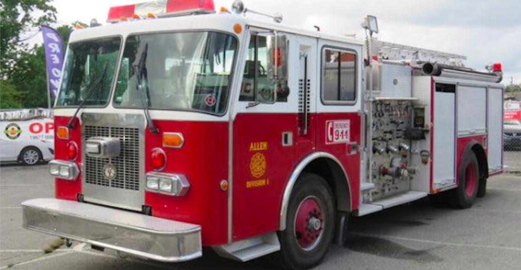 You could own this fire truck currently for sale in BC (PHOTOS)