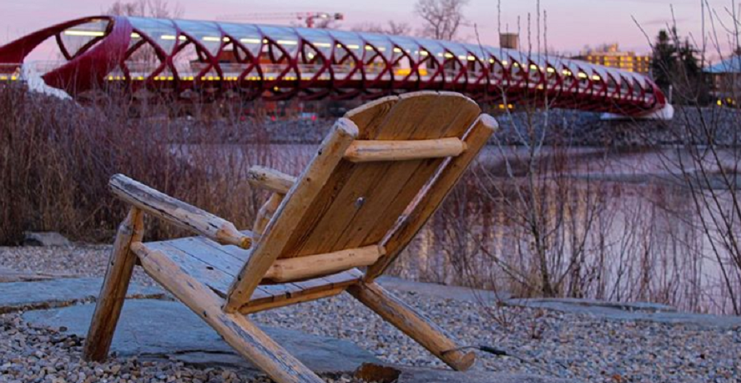 These photos perfectly capture the mood of a physically distanced Calgary