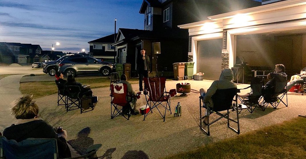 """Comedian launches """"fire pit comedy tour"""" to bring laughter to people's backyards"""