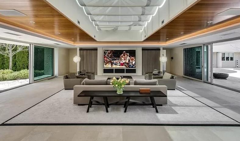 Michael Jordan mansion