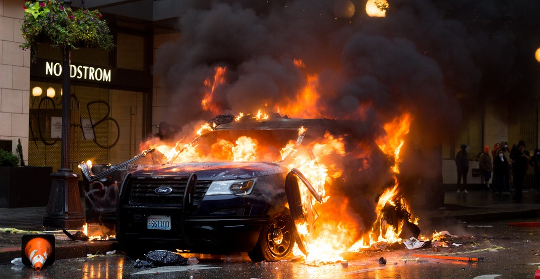 Seattle issues emergency orders over violent protests (VIDEOS)