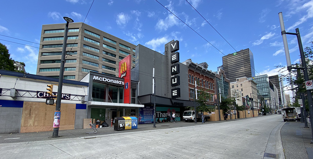Downtown Vancouver retailers board up storefronts (PHOTOS)