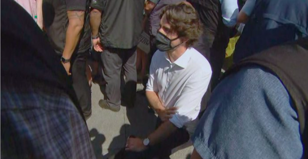 Canadian Prime Minister Trudeau takes a knee at anti-racism protest (PHOTOS)