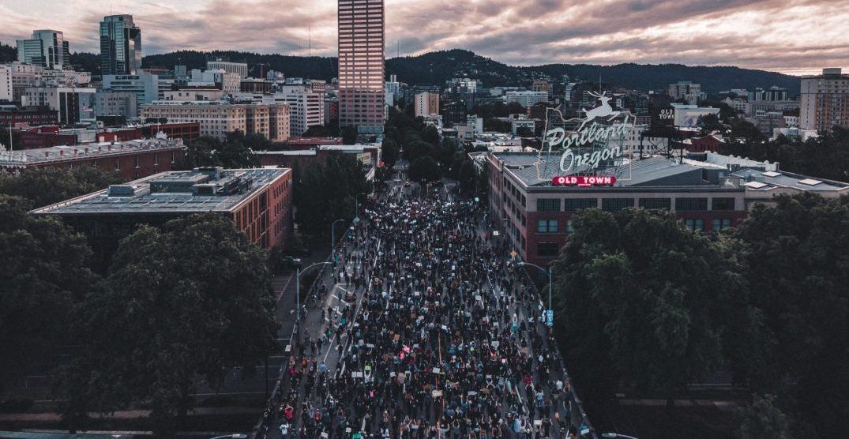 Photographer to donate sales of historic Burnside Bridge protest prints