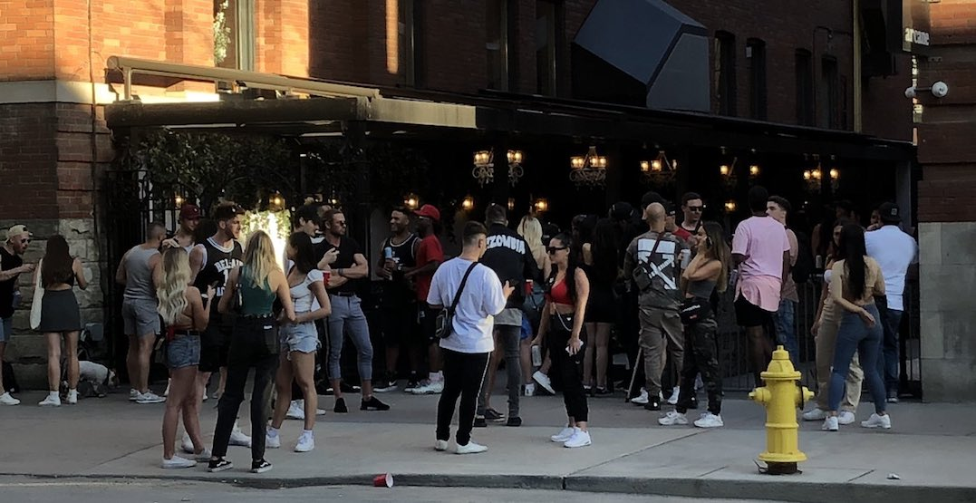 Popular downtown restaurant responds to weekend crowd around patio