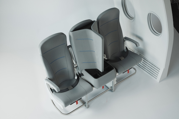 airplane seat distancing