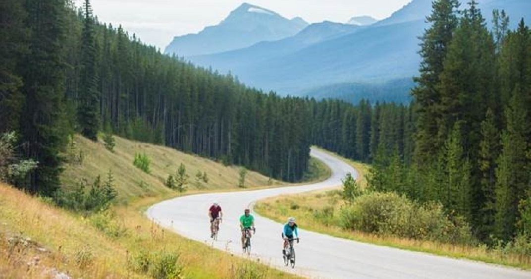 Here's how to responsibly visit Banff National Park this summer