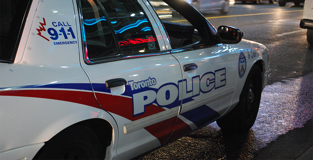 2 seriously injured in multi-vehicle crash after being followed by Toronto police
