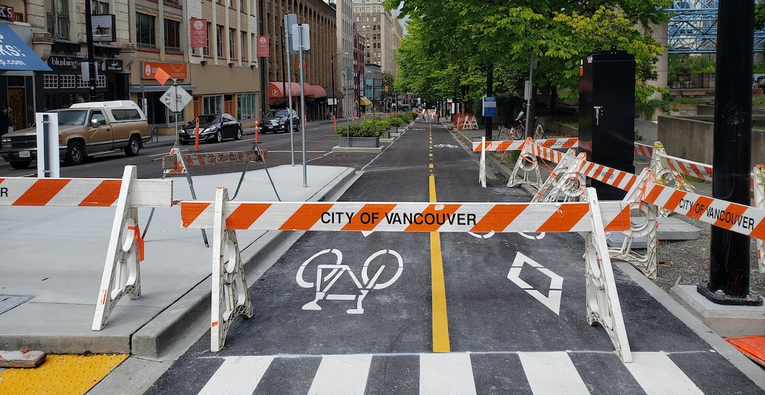 New bike lane on Richards Street in downtown begins to take shape (PHOTOS)
