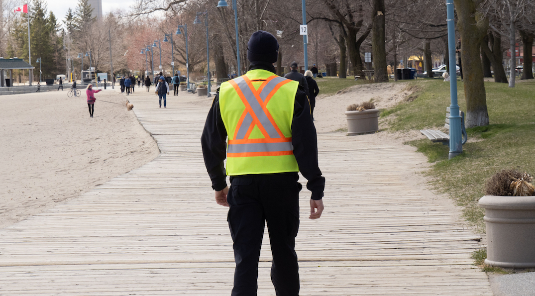 """Unacceptable"" littering at Toronto beaches may lead to ticketing"