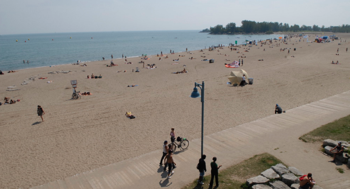Toronto beaches are officially open for the summer