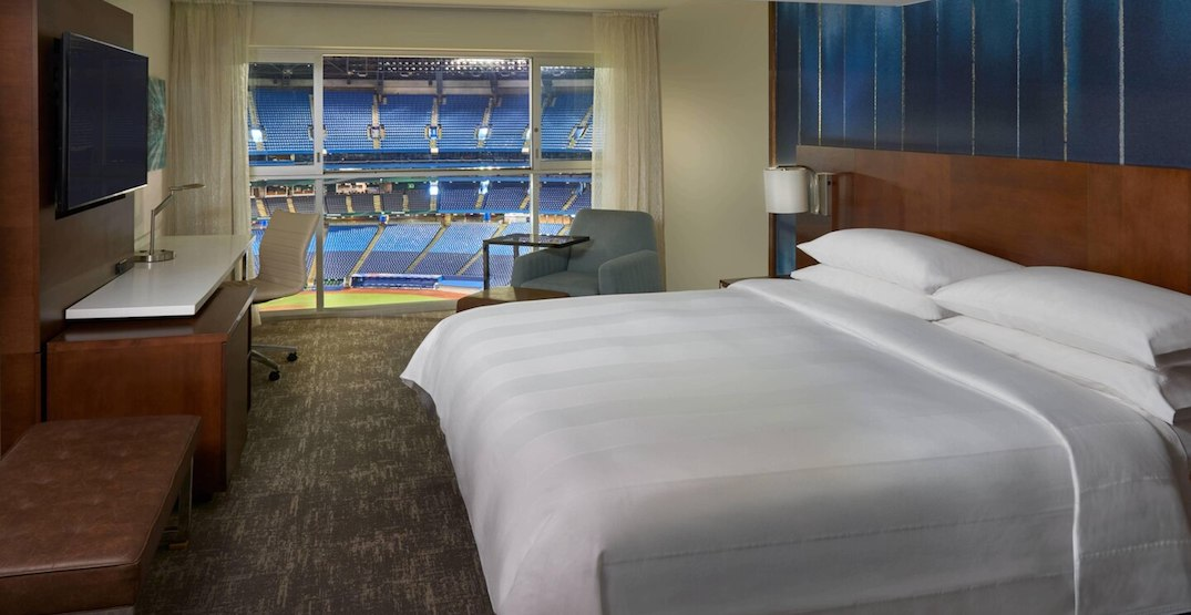 Blue Jays players will live and play inside Rogers Centre: report