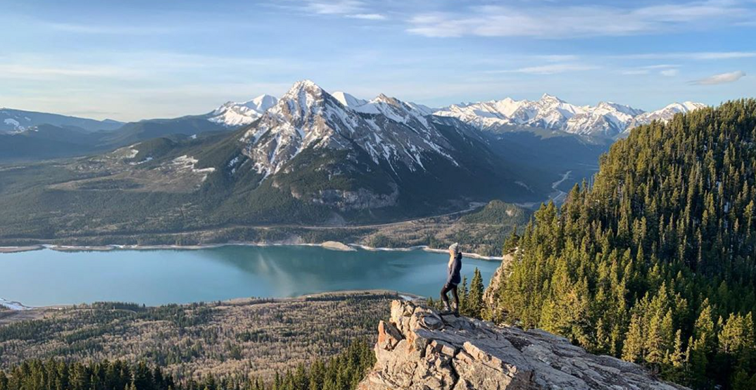 6 hiking trails with the best views within an hour of Calgary