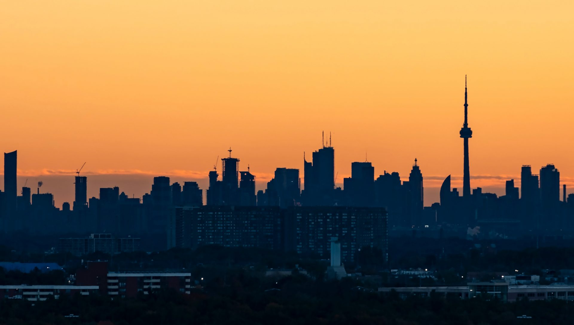 Environment Canada's Heat Warning remains in effect for Toronto as humidex soars to 40°C
