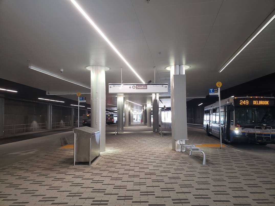 lonsdale quay bus exchange