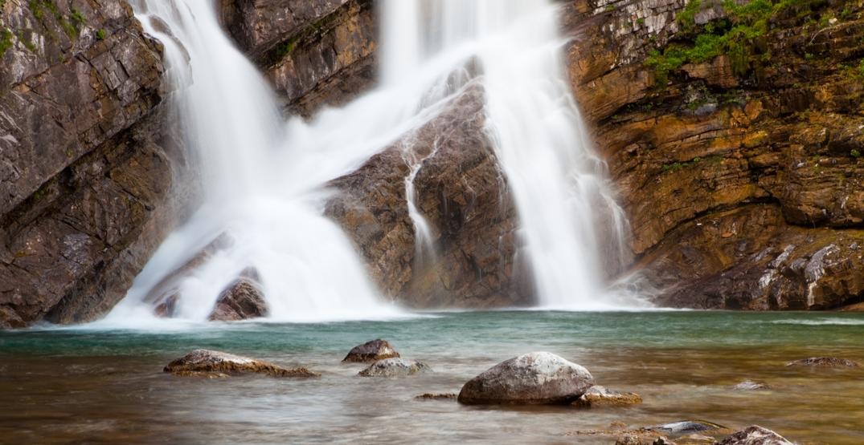 Awesome Alberta: Enjoy the stunning waters at Cameron Falls (PHOTOS)
