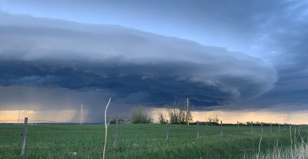 This is what the lightning storm looked like over Alberta yesterday (PHOTOS)