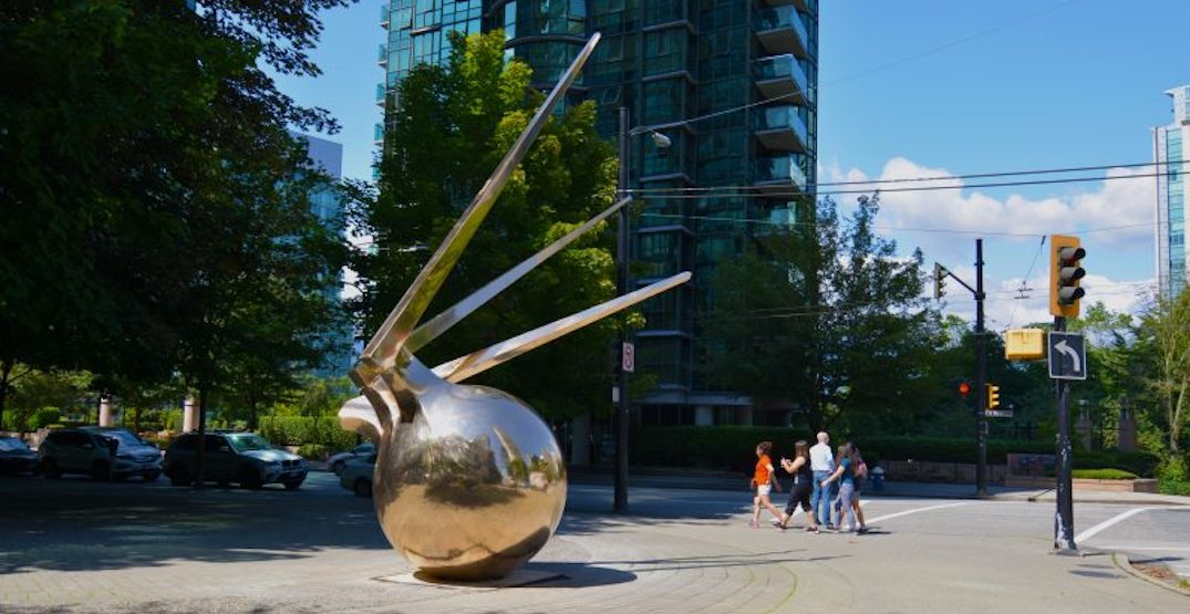 New sculpture symbolizing immigration installed in downtown Vancouver