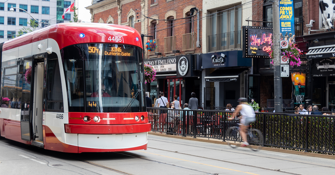 TTC looking at plan to add free WiFi on buses and streetcars