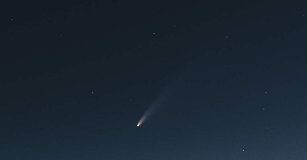 A stunning, rare comet was seen over Vancouver last night (PHOTOS)