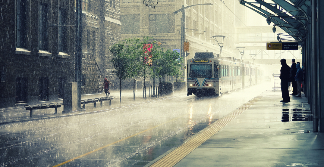 Rainy days, risk of thunderstorms on the way for Calgary this week