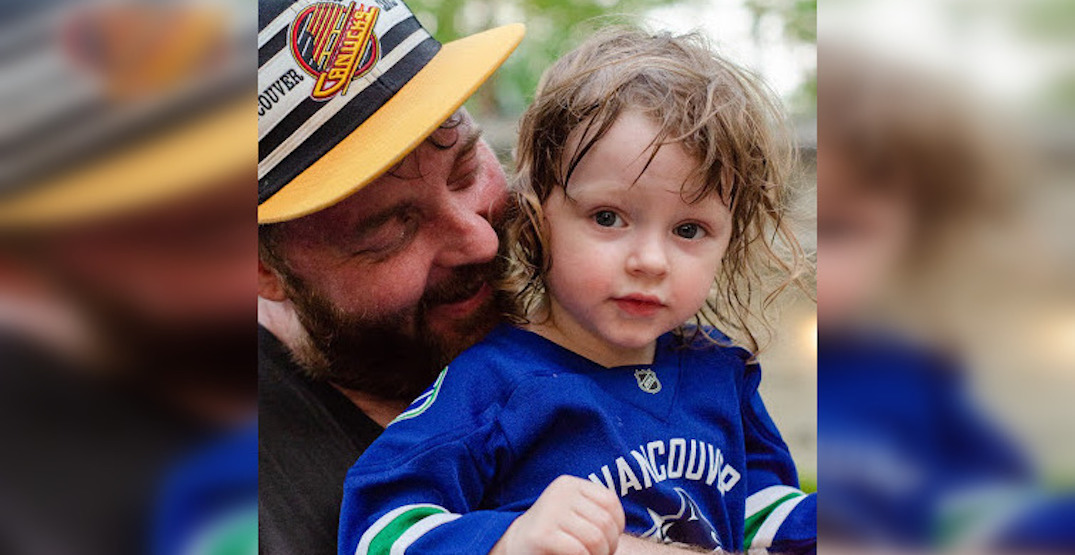 Canucks fans step up to help Vancouverite stranded in Thailand