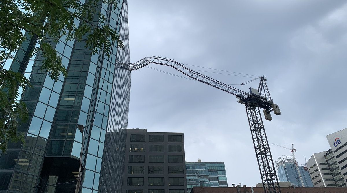 Toronto Fire Crews respond as crane collapses into downtown building