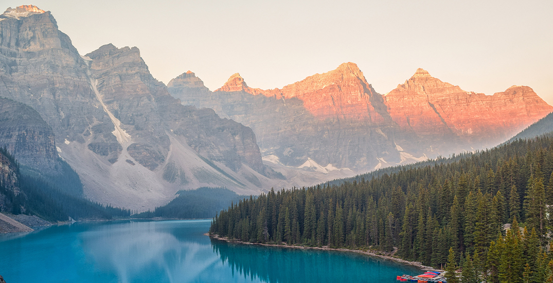 Here's what visitors should expect from a trip to Lake Louise this weekend