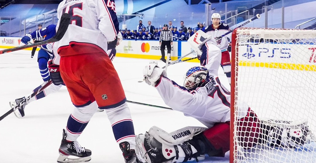 Blue Jackets shut down Maple Leafs in tight-checking Game 1