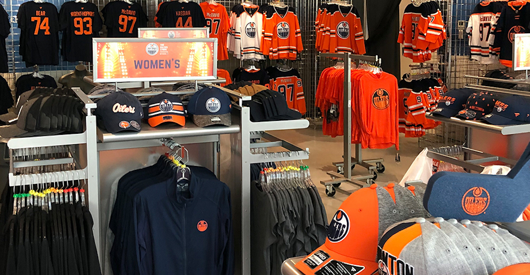 You can get Oilers playoff gear from this pop-up shop