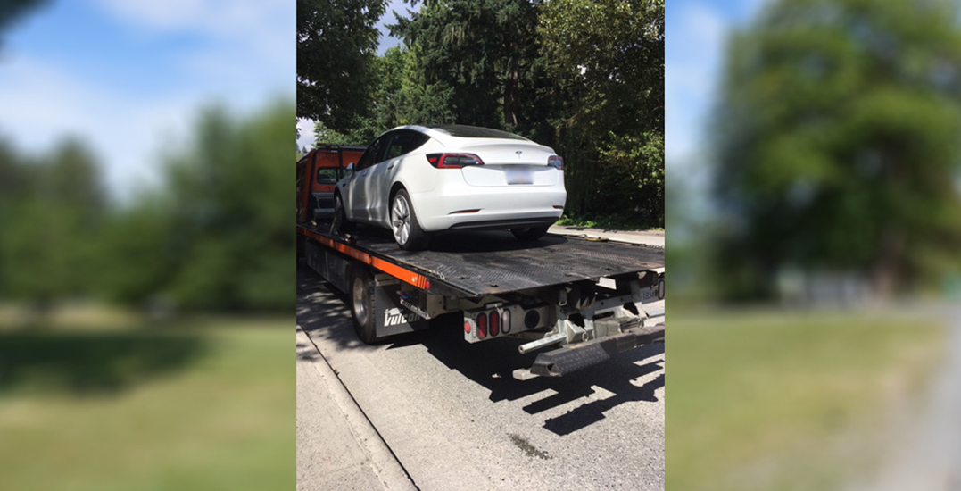 Tesla towed after driving 110 km/h while reportedly on autopilot