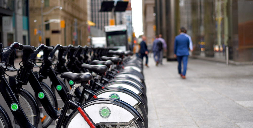 More Canadians walk or bike to work than take public transit: Stats Can