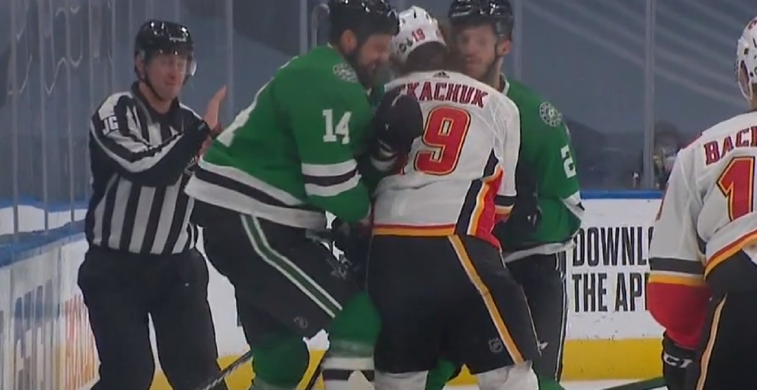 Tkachuk leaves game with injury in Flames' Game 2 loss to Stars