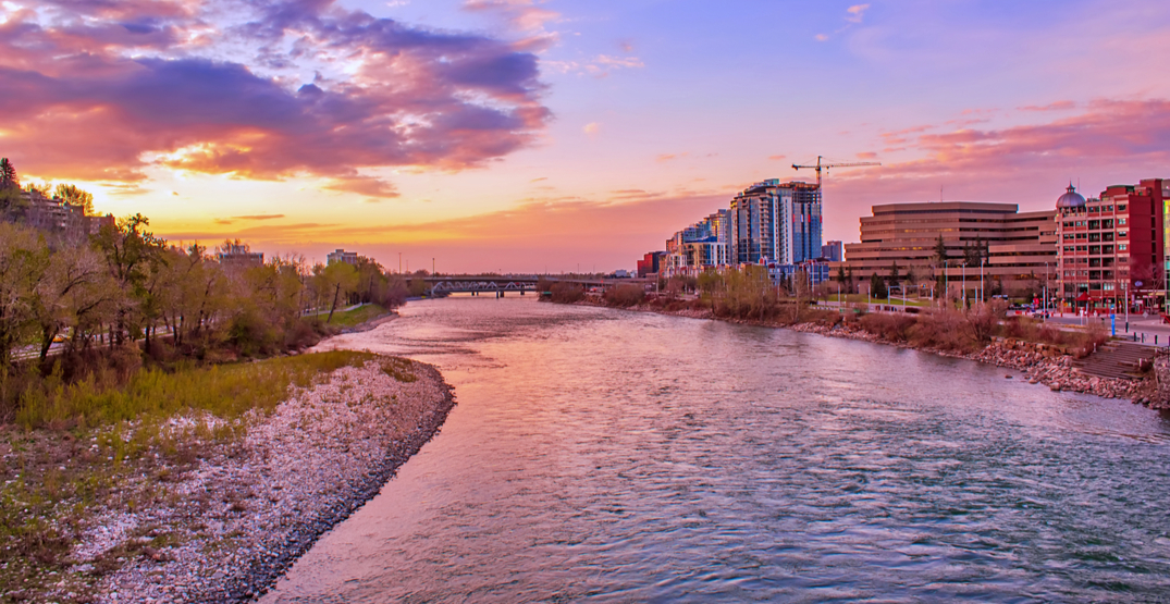 Calgary just saw an absolutely amazing sunrise this morning (PHOTOS)
