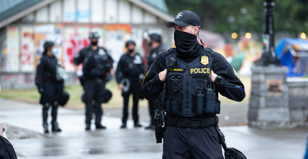 Three police officers injured at Seattle riot (PHOTOS)