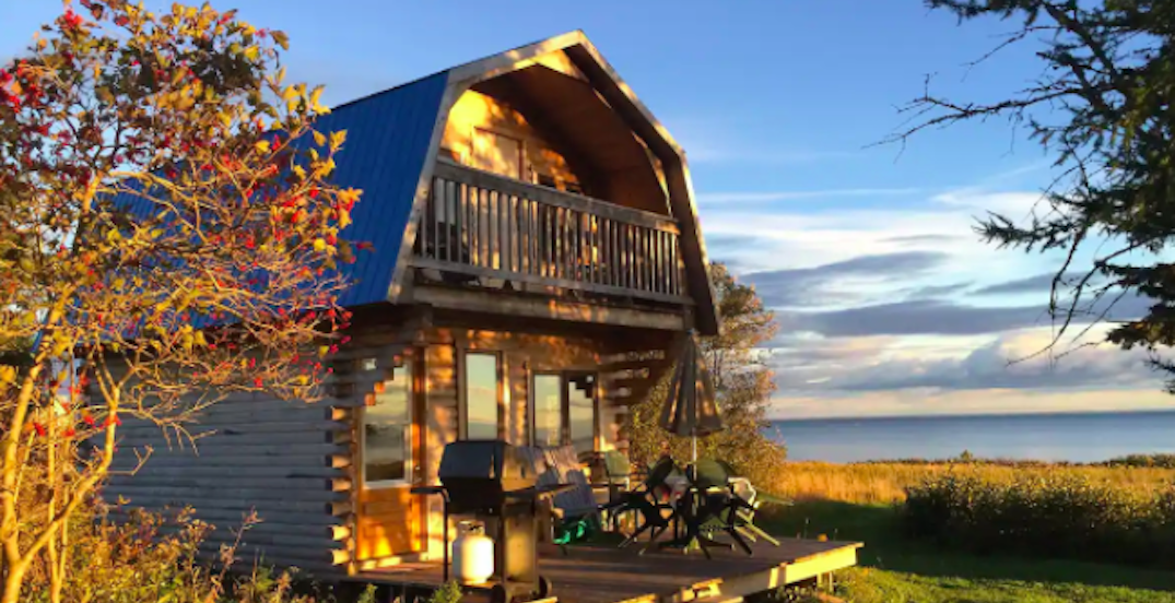 7 cozy cottages near Montreal to escape to this fall