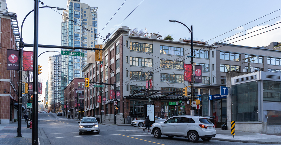 Woman says she was threatened during morning walk with her baby in Yaletown