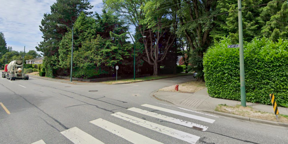 Vancouver police looking for witnesses after 80-year-old woman struck by car