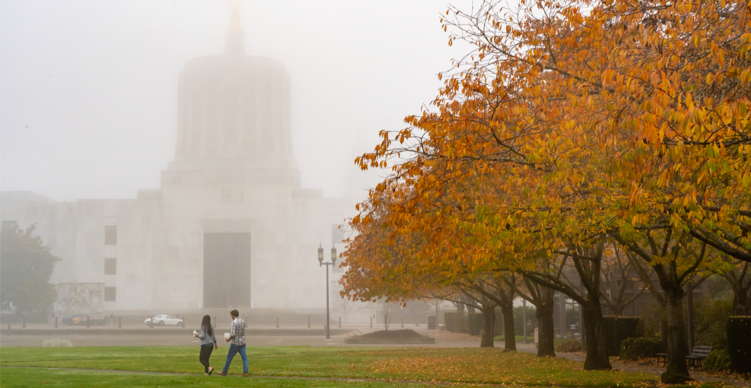 Smoke from wildfires in Oregon covers skies in Salem (PHOTOS)