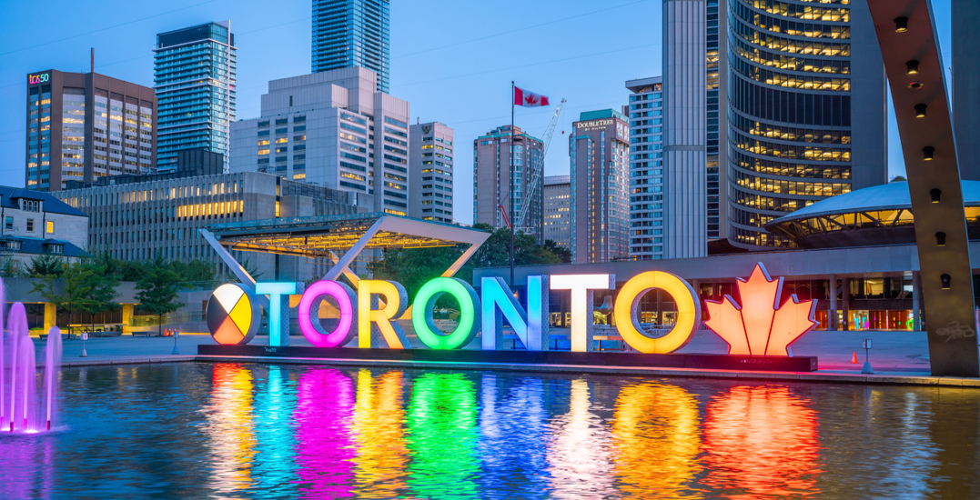 Iconic Toronto sign replacement will cost the city over $700,000
