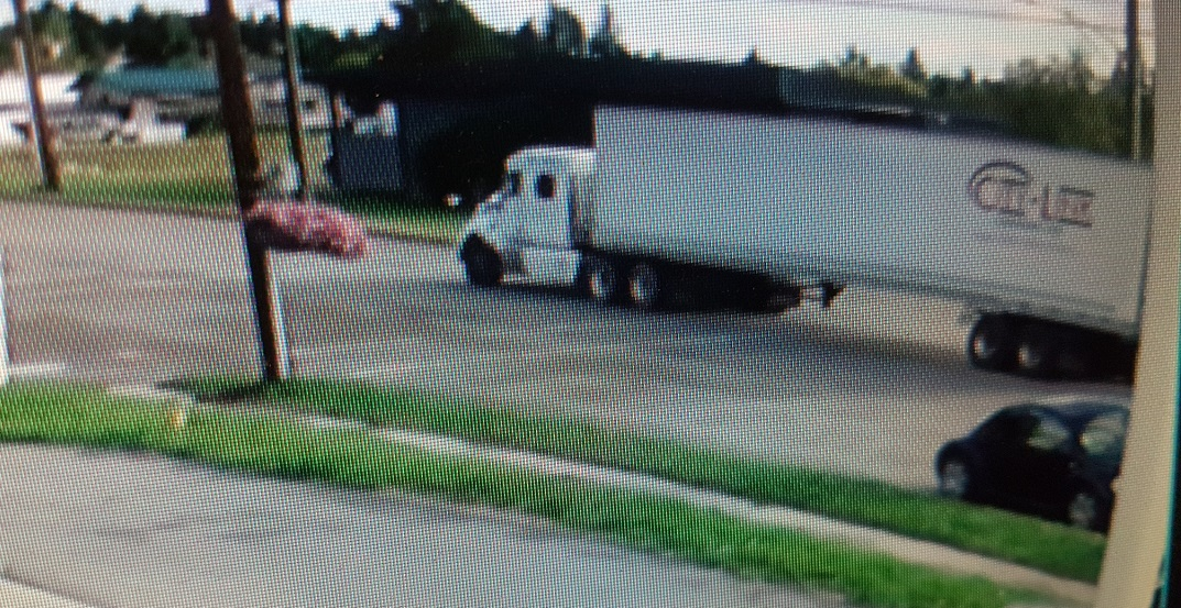 $230,000 in meat and seven hot tubs stolen by trucks under same name
