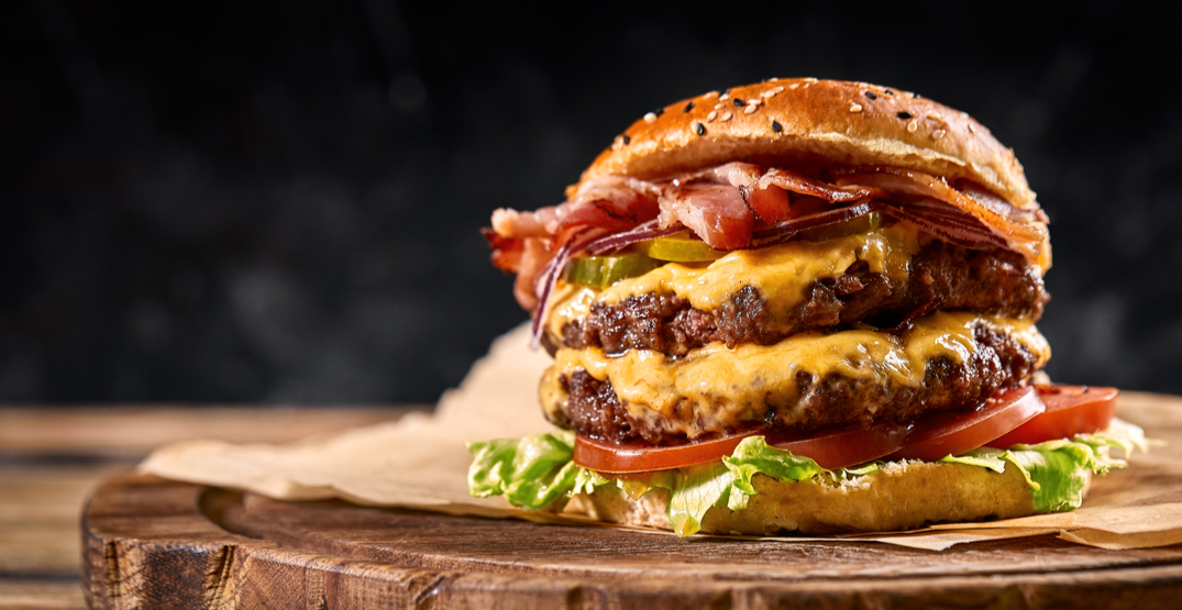 This company will pay you to find the best cheeseburger in the country