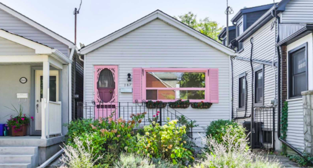 This one-bedroom east end Toronto home is selling for almost $700K