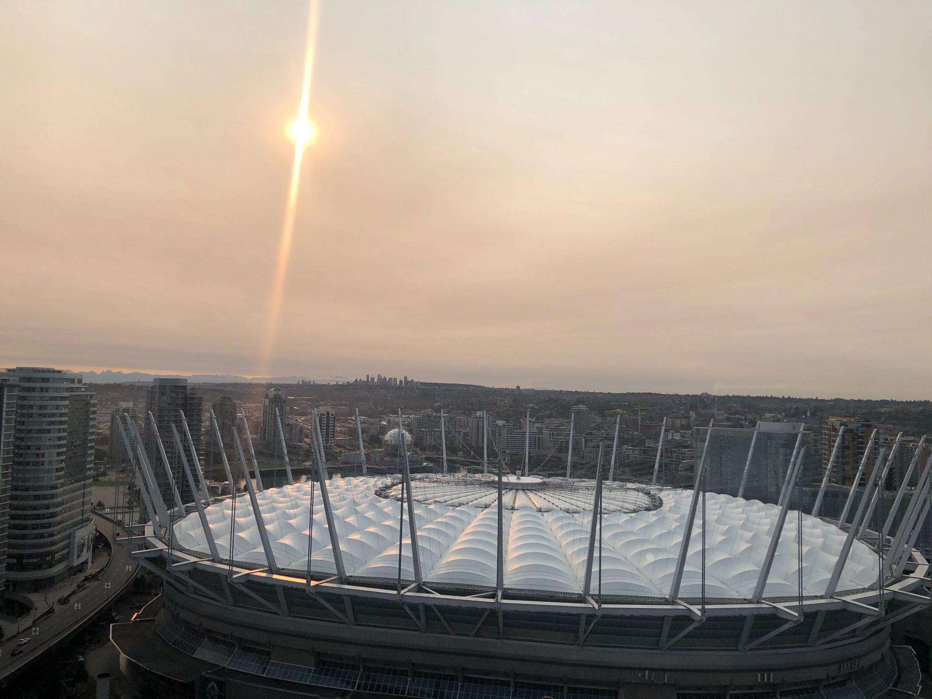 wildfire smoke sun vancouver